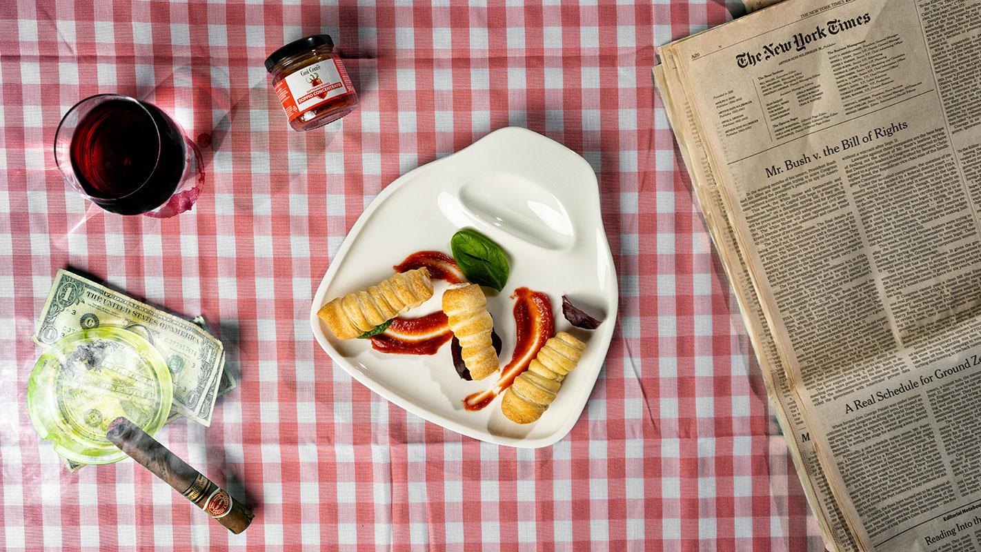 I Soprano: cannoli salati con doppio concentrato di datterino rosso